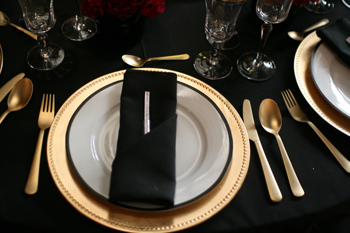 7 table setting detail